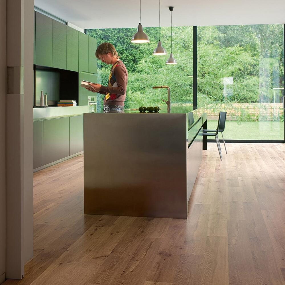 Eligna - Laminate Flooring - Vintage Oak Natural Varnished