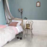 Classic - Laminate Flooring - Bleached White Teak